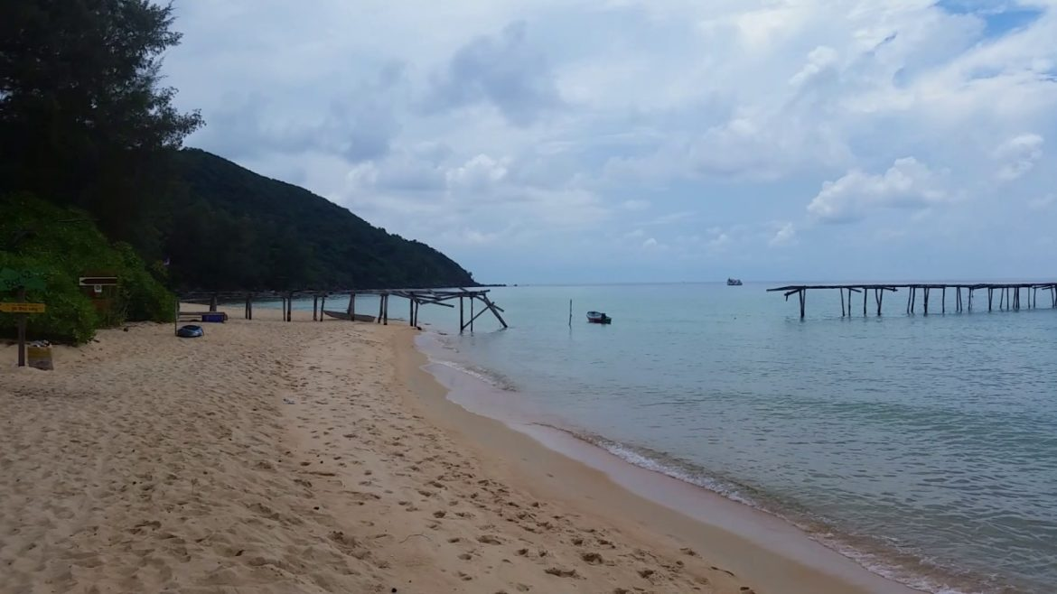 Sunset Beach, Koh Rong Samloem